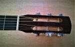 1 moustakas guitar1020_5